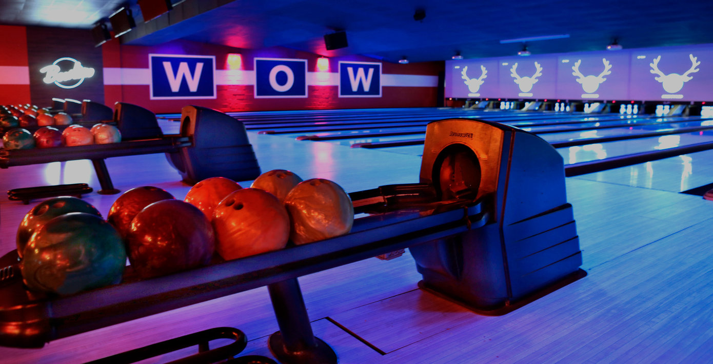 Bowling Alley & Party Venue in Columbia | Bowlero